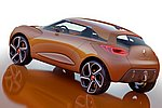 Фото 9: Концепты Renault - вчера на подиуме, сегодня в серию