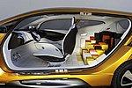 Фото 15: Концепты Renault - вчера на подиуме, сегодня в серию